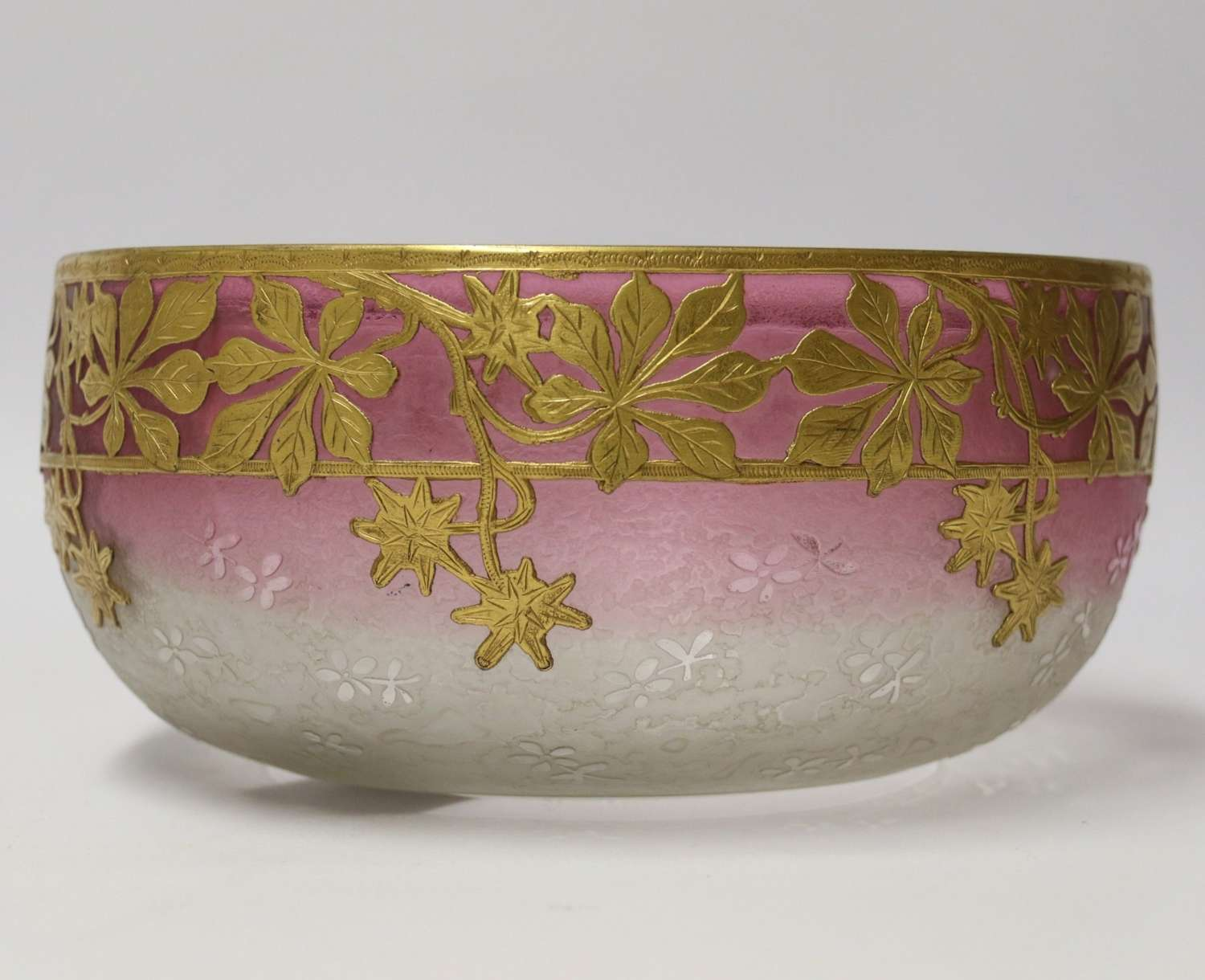 A Superb French Late 19th Century Overlaid And Acid Etched Glass Bowl