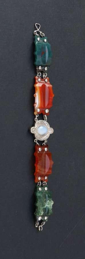 A Superb Scottish Agate And Silver Bracelet