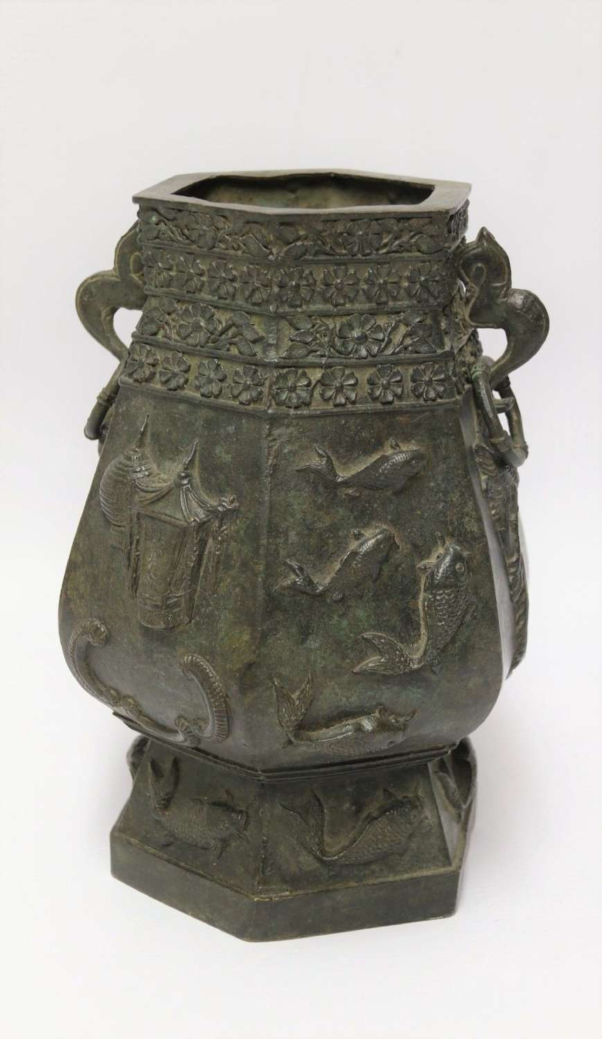 A Chinese Finely Cast 19th Century Bronze Vessel