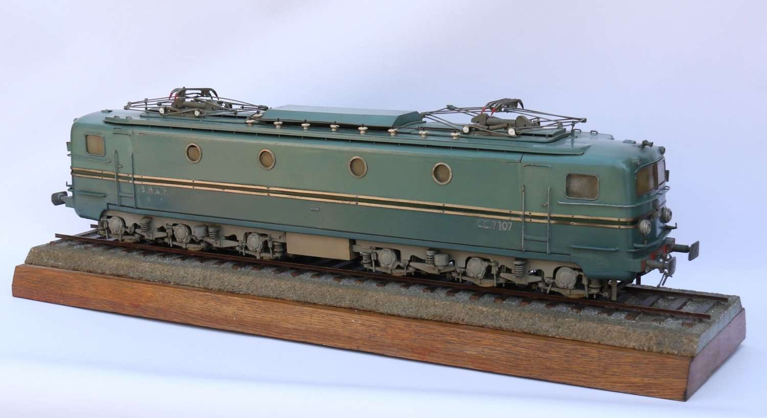 A Fine Scale Model Of An Electric Train