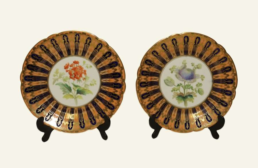 A Fine Pair Of Coalport Cabinet Plates Attributed To Thomas Dickson