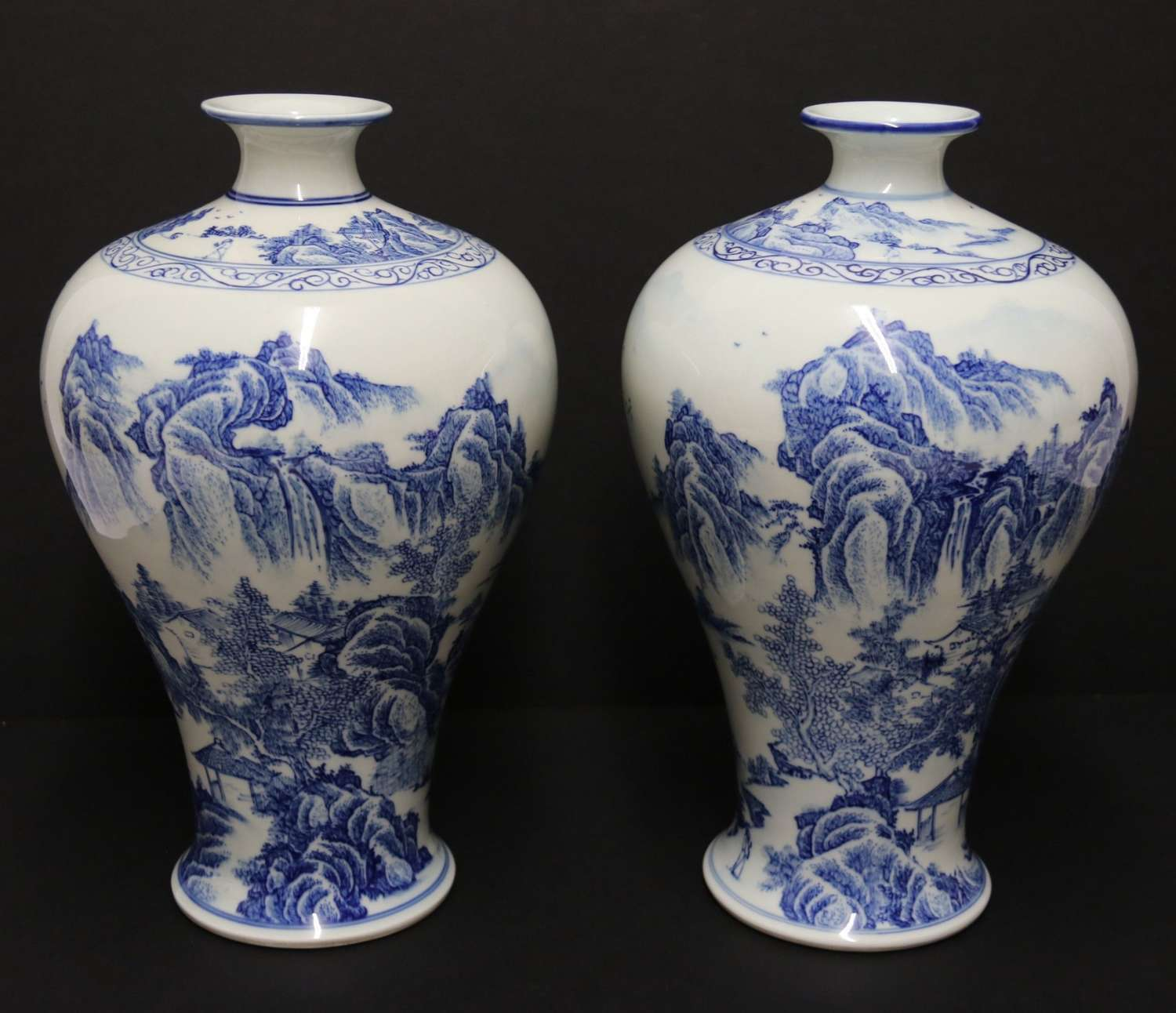 A Fine Pair Of Chinese Republican Period Hand Painted Porcelain Vases