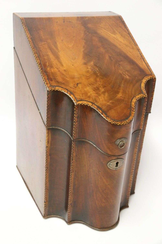 A Fine Georgian Mahogany Cutlery Box, Circa 1760