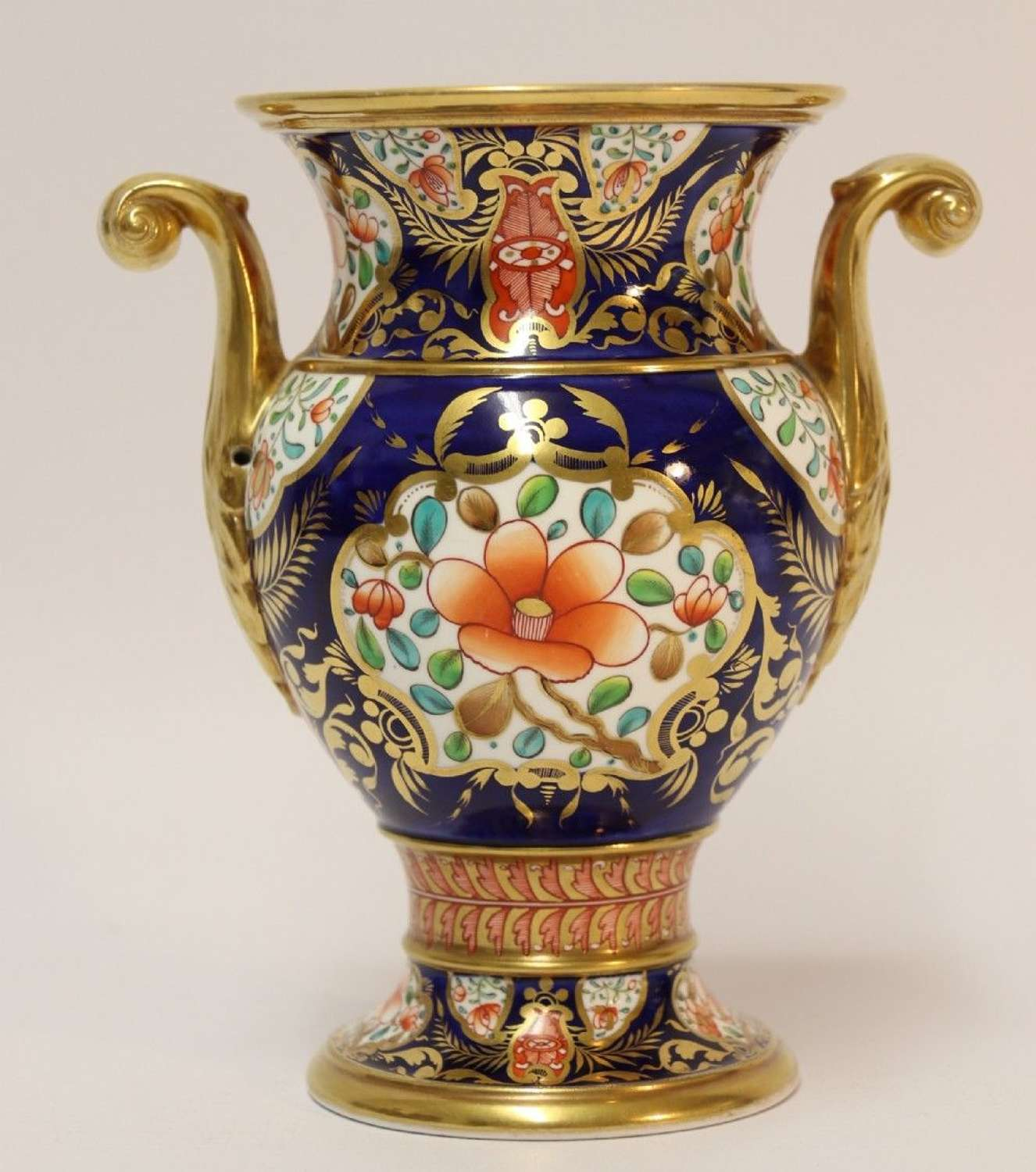 A Superb Early 19th Century Spode Vase