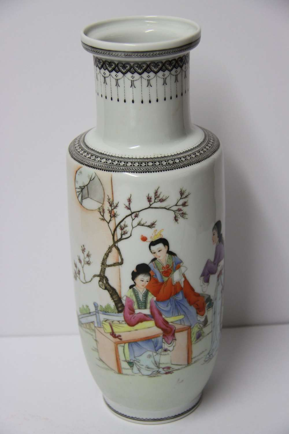 A Chinese Republican Period Porcelain Vase