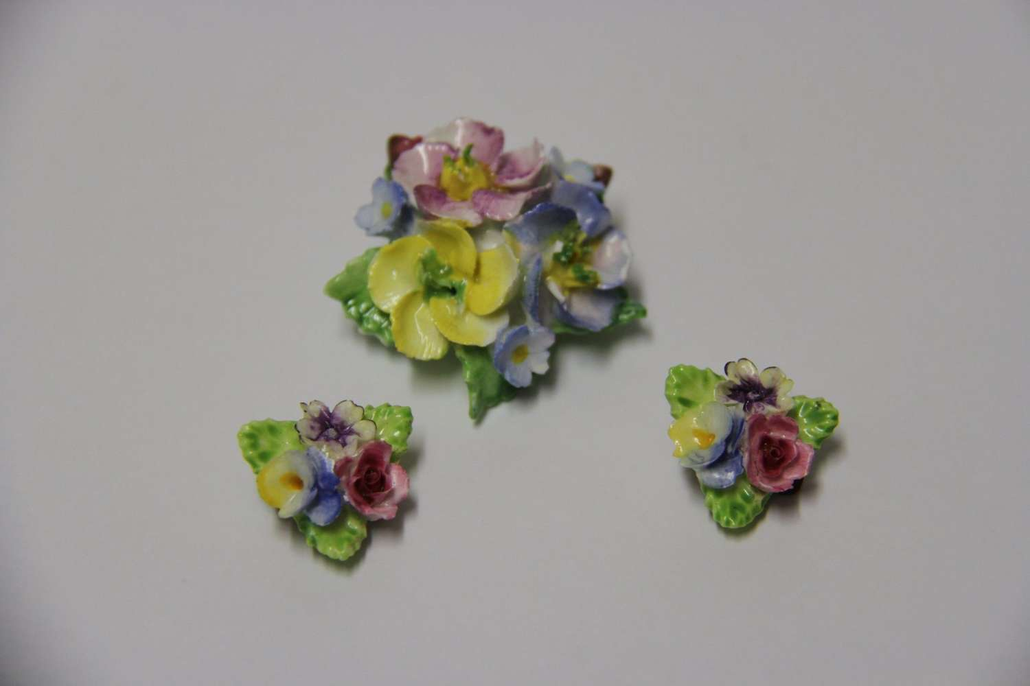 Brooch And Matching Ear Rings Made From Coalbrook China